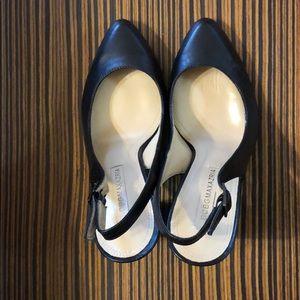 BCBG Maxazaria Black Leather Heels Size 6 (36)